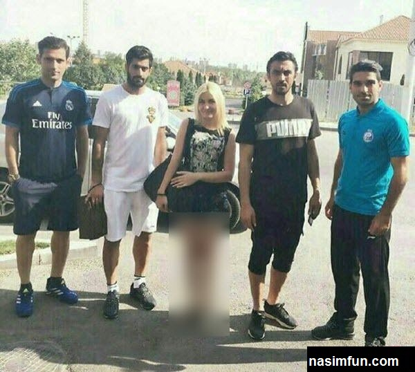 توجیه بازیکن استقلال برای عکس گرفتن با زن نیمه برهنه!!+عکس