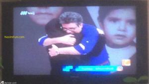 ابراز احساسات رضا رشیدپور برای مادرش در برنامه زنده حالا خورشید+ عکس