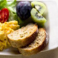 صبحانه ای بسیار خوشمزه و رژیمی برای اب کردن شکم