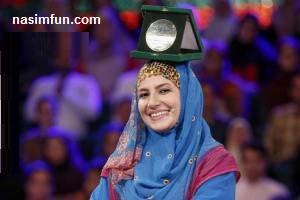 شیرین کاری خاله شادونه در  برنامه ی خندوانه! ملیکا زارعی از زندگی اش گفت!!+عکس