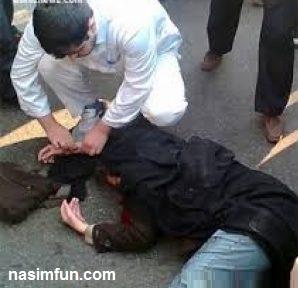 عکس خودکشی پسر جوانی با مانتو دخترانه!!!+عکس