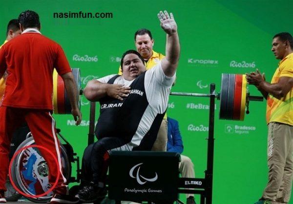 سوتی عجیب روی پیراهن تیم ملی سیامند رحمان!!!+عکس