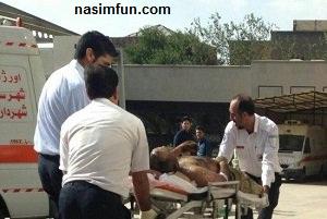 رگ زنی و خودسوزی مردی جلوی اداره دارایی!!+عکس