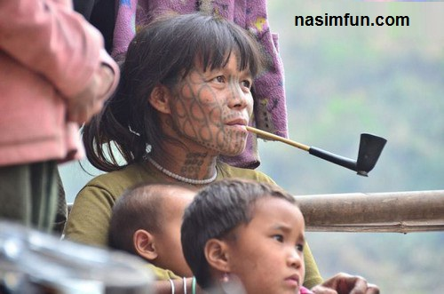 آرایش دردناک زنان میانمار برای مردان!!!+عکس
