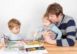 دلایل و راه حل های دیر حرف زدن کودکان