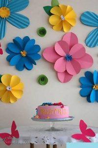 تزیین دیوار با کاغذ رنگی