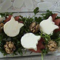 چرا مصرف پنیر به همراه گردو توصیه شده است؟