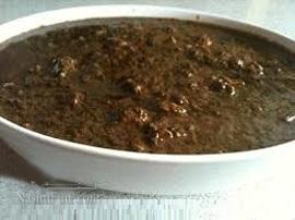 طرز تهیه خورشت فسنجان با قارچ مجلسی و خوشمزه + خواص قارچ