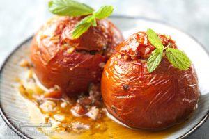 طرز تهیه دلمه گوجه فرنگی مجلسی برای پیش غذا + فیلم آموزشیطرز تهیه دلمه گوجه فرنگی مجلسی برای پیش غذا + فیلم آموزشی
