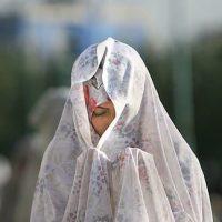 آیا نماز خواندن با آرایش اشکال دارد