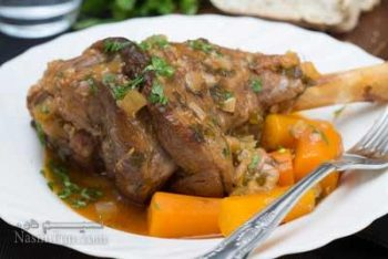 طرز تهیه خوراک ماهیچه گوسفندی مجلسی با سس مخصوص + فیلم آموزشی