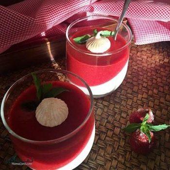 طرز تهیه پاناکوتا توت فرنگی