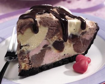 طرز تهیه دسر ساندی شکلات خوش طعم + تزیین