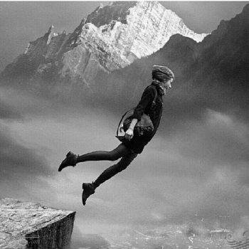 تعبیر خواب پرتگاه - سقوط کردن از ارتفاع در خواب چه تعبیری دارد؟