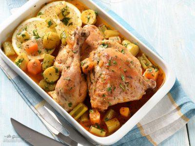 طرز تهیه خوراک مرغ با سیر و لیمو تازه و خوشمزه + فیلم آموزشی