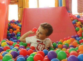 تعبیر خواب توپ - توپ بازی کردن در خواب چه مفهومی دارد؟