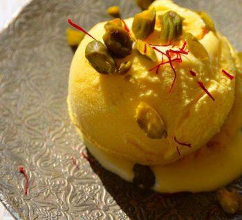 طرز تهیه بستنی زعفرانی سنتی
