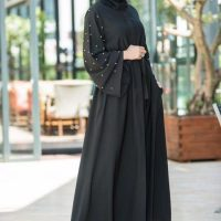 مدل مانتوی بلند مشکی زنانه شیک