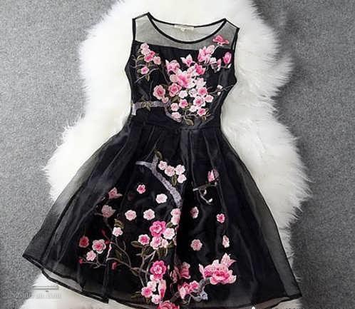 انواع مدل لباس و پیراهن مشکی دخترانه برای محرم
