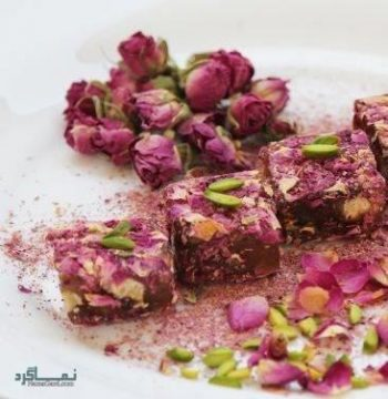 طرز تهیه حلوای گل محمدی خوشمزه + تزیین