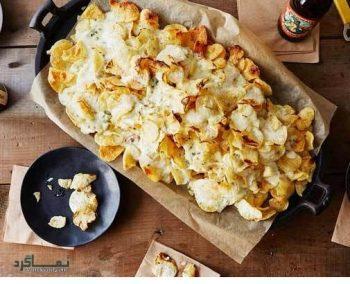 طرز پخت خوراک سیب زمینی پنیری و شوید