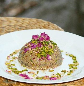 طرز تهیه مسقطی گل محمدی خوش عطر + تزیین