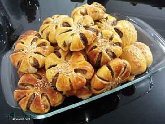 طرز تهیه نان خرمایی خوشمزه + تزیین