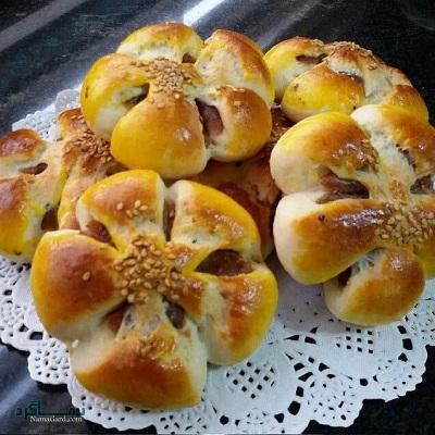طرز تهیه نان خرمایی مقوی