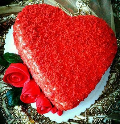 کیک مخملی عاشقانه زیبا