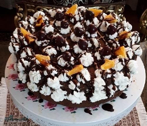 طرز تهیه کیک جنگل سیاه شیک