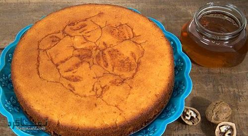 طرز تهیه کیک عسل خوشمزه + تزیین