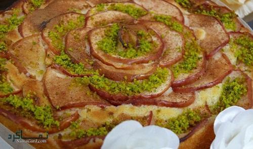 طرز تهیه کیک سیب مجلسی + فیلم آموزشی