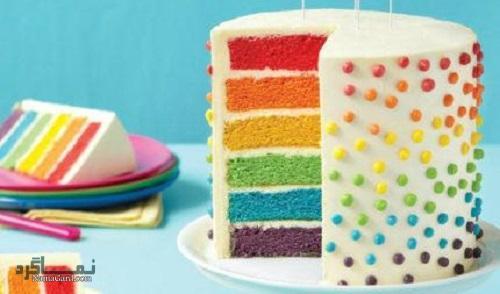 مراحل تهیه کیک رنگین کمان زیبا + فیلم آموزشی