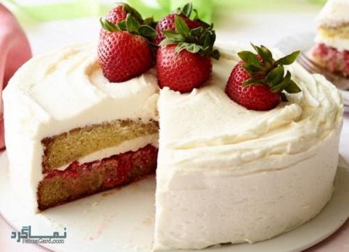 طرز تهیه کیک توت فرنگی ساده