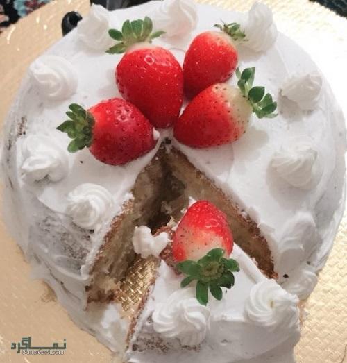 کیک توت فرنگی ساده + تزیین