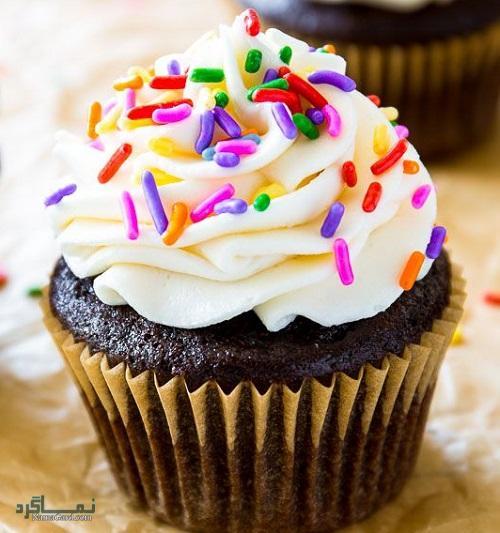 روش پخت کاپ کیک شکلاتی بدون فر + تزیین