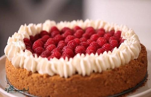 طرز تهیه کیک تمشک ساده + فیلم آموزشی