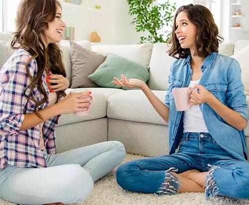 ۱۵۱ سوال حیرت انگیز برای شروع یک رابطه دوستی عمیق