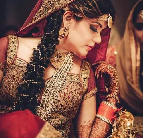 ۵۰ نوع از بهترین مدلهای موی جذاب زنان هندی در سال ۲۰۱۹