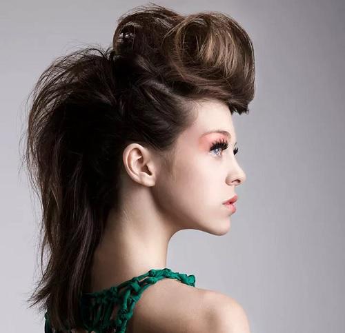 ۱۰ نوع از جدیدترین مدل موی زمستانی ۲۰۱۹