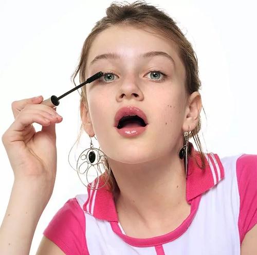 ۲۵ نکته بینظیر زیبایی و مراقبت از پوست برای دختران نوجوان