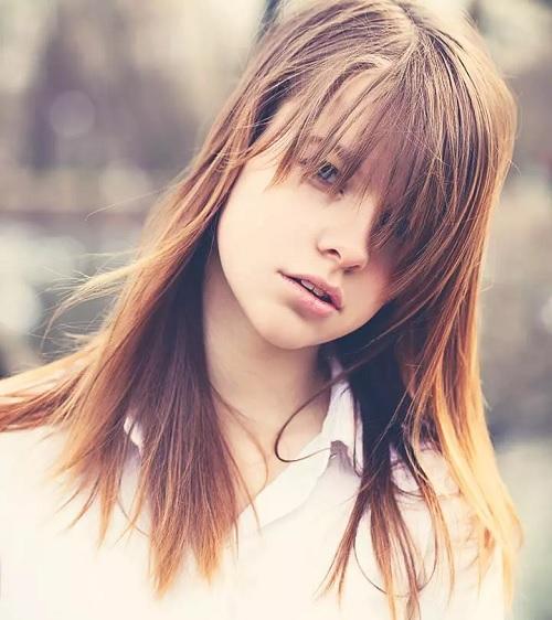 ۲۰ مدل مو چتری جذاب برای موهای متوسط