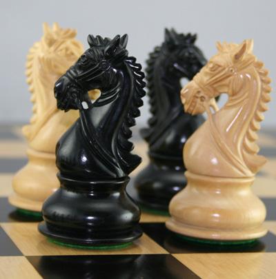 معمای جالب و سخت حرکت اسب شطرنج + جواب